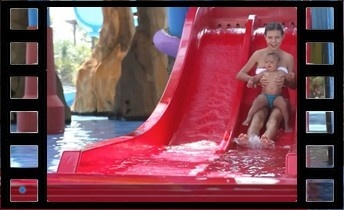 video_toboggan_piscine_1115096707